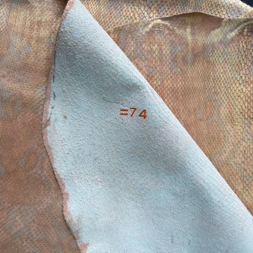 Кожа телёнка с тиснением под питона, цвет золотисто-абрикосовый, Италия