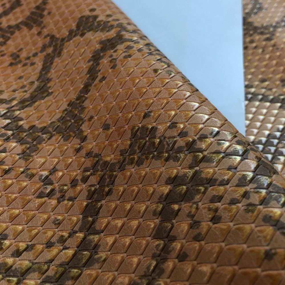 Кожа КРС с тиснением под питона, 0.8-1.0 мм, цвет золотисто-оранжевый, Италия
