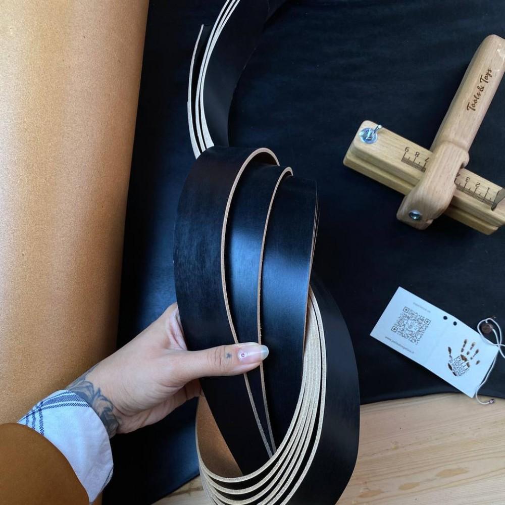 Заготовки для ремней, 2.8-3.0 мм, цвет Nero, ECOMURALES, LA BRETAGNA, Италия